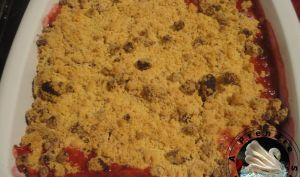 Crumble de prunes rouges à l'amaretti