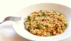 Recette de risotto aux petits pois au lardons et au citron