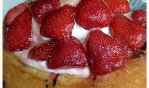Charlotte aux fraises bavaroise, façon pâtissier