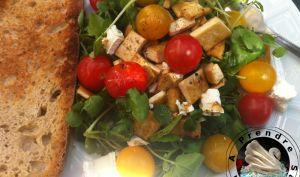 Salade fraîche au tofu