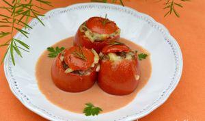 Tomates farcies aux risone et à la viande, sauce crémeuse tomate et balsamique