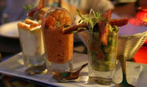 Verrines de crevettes à la crème d'avocats, ciboulette - sans gluten