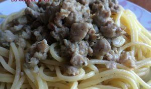 Spaghettis à la saucisse (in bianco)