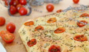 Focaccia tomates cerises et thym