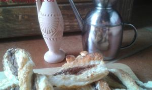Torsades feuilletées au parmesan et à la pâte d'anchois