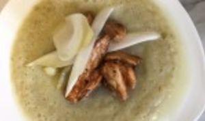 Soupe d'endives, poulet rôti miel et sauce soja