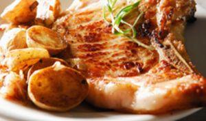 Côte de veau poêlée à la crème d'estragon, pommes de terre sautées