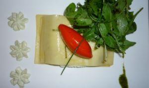 Lasagne de chèvre frais au pistou, roquette et sorbet Piquillos