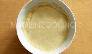 Crème pâtissière pour garniture de gâteau ou tarte