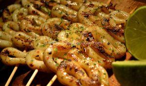 Brochettes de Calamars Grillés au Citron Vert