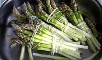 Éplucher et cuire des asperges fraîches - Etape 8