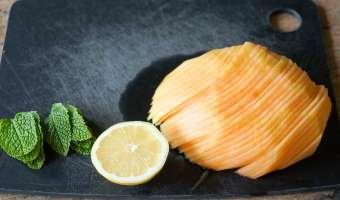 Carpaccio de melon à la menthe - Etape 1
