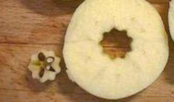 Eplucher et évider une pomme - Etape 11