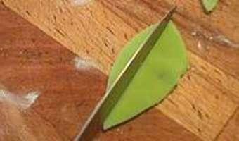 Feuilles en pâte d'amande - Etape 4
