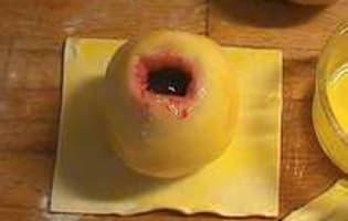 Douillon de poires à la gelée de cassis - Etape 2