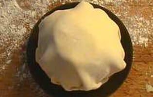 Douillon de poires à la gelée de cassis - Etape 6