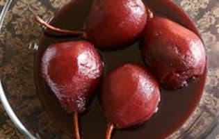 Poires pochées au vin rouge - Etape 8