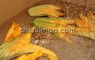 Beignets de fleurs de courgette - Etape 1