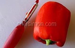 Peler un poivron au couteau - Etape 3