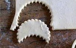 Douillon de poires à la gelée de cassis - Etape 7