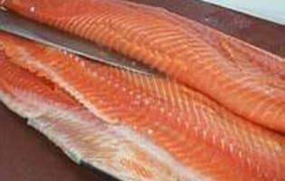 Lever des filets de saumon - Etape 4