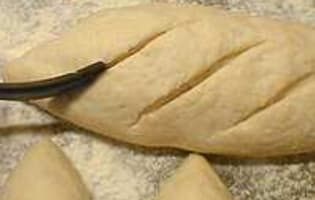 Façonner la pâte à pain - Etape 22