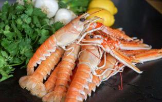 Wok de porc, crevettes et langoustines - Etape 1