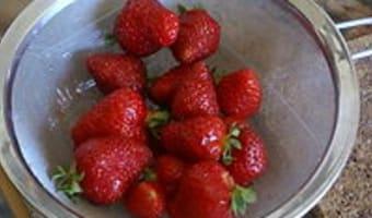 Glace à la fraise et au fromage blanc - Etape 2
