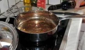 Sauce au balsamique - Etape 1