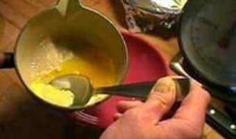 Clarifier le beurre - Etape 2