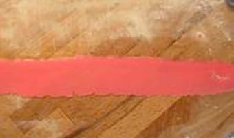 Oeillets en pâte d'amande - Etape 2