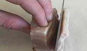 Détailler de la poitrine fraîche en lardons - Etape 3