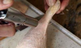 Préparer un canard à pocher - Etape 3