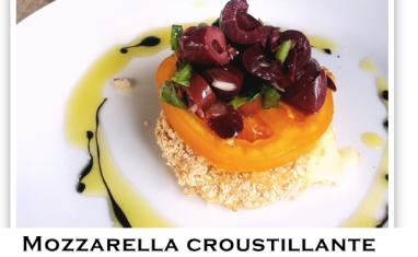 Mozzarella croustillante, tomate orange et salsa d'olives noires au basilic