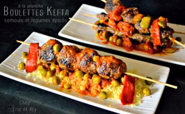 Kefta en brochettes à la plancha et légumes épicés