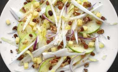 Salade d'Endives, Granny, Raisins Secs, Noix et Comté
