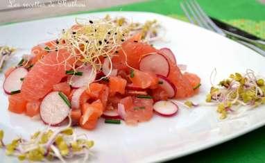 Tartare de saumon fumé aux radis et pamplemousse rose