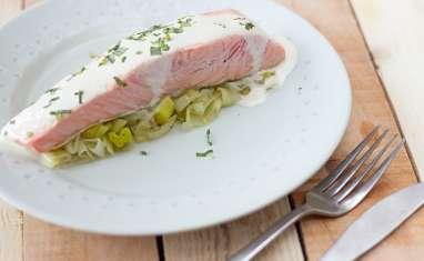 Pavé de saumon en papillote sauce à l'estragon