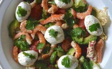 Salade fraîcheur avocat, crevettes, pomelo