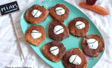 Blinis aux carottes et chorizo et crème au yaourt