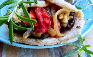 Aram ou pain lavash aux légumes grillés