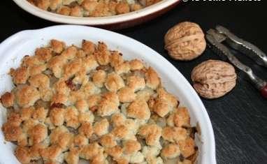 Crumble d'endives au roquefort, noix & raisins
