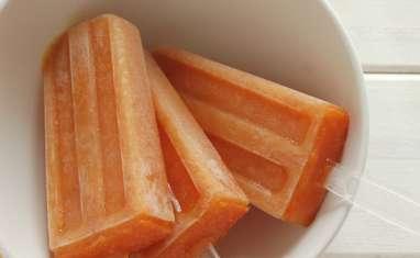 Bâtonnets glacés aux pêches et sirop d'érable