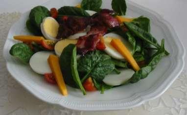 Salade d'épinards crus à la mimolette