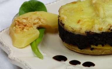Croustade boudin noir, coing et Tomme de Savoie