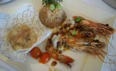 Crevettes géantes façon cajun et riz à la cannelle