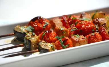 Brochettes de légumes et tofu à l'indienne