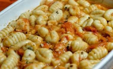 Gnocchis, tomates et pecorino