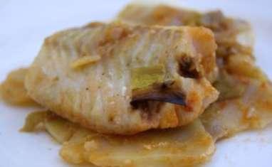 Filets de lieu au four sur lit de poireaux et pommes de terre