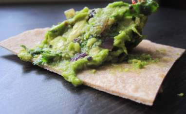 Guacamole version indienne et tortillas de blé